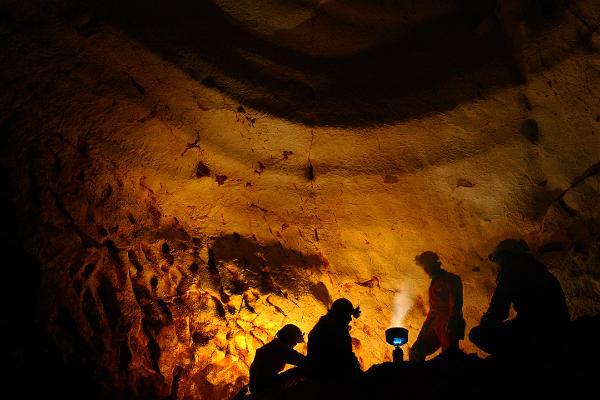 Concerto nella grotta sotterranea