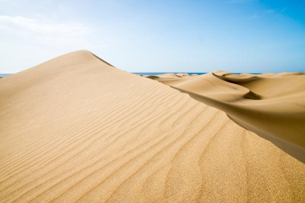L'abbraccio dei deserti con le acque